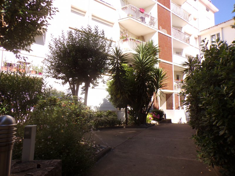 Appartement Beziers, 85 m², 96 600